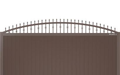 Щит арочный с пиками и вензелями с вертикальным расположением сэндвич-панелей.