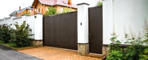 Ворота откатные стандартных размеров в алюминиевой раме с заполнением сэндвич-панелями DoorHan SLG-S