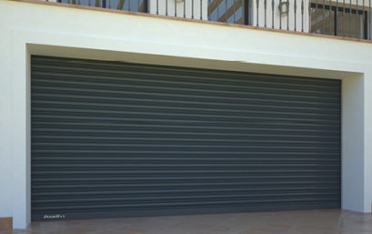 Стальные рулонные ворота DoorHan с внутривальным приводом