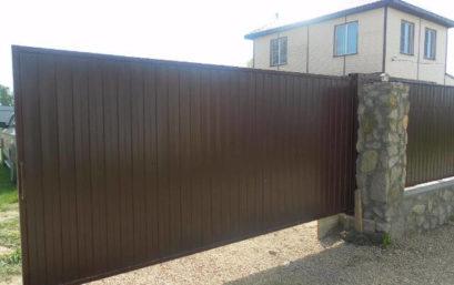 Ворота откатные из профнастила ОПИТИ проём до 5 м